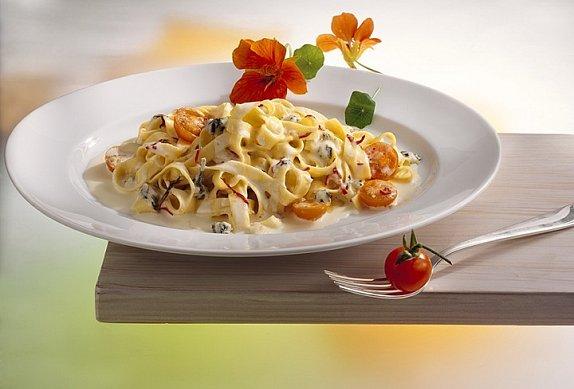 Smetanovo sýrová omáčka k těstovinám