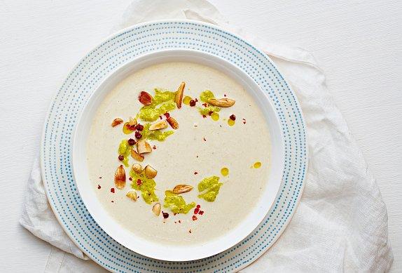 Chřestová polévka s pestem