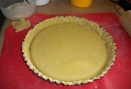 Slaný koláč z křehkého těsta (quiche)