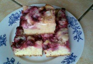 Švestkový koláč s tvarohem
