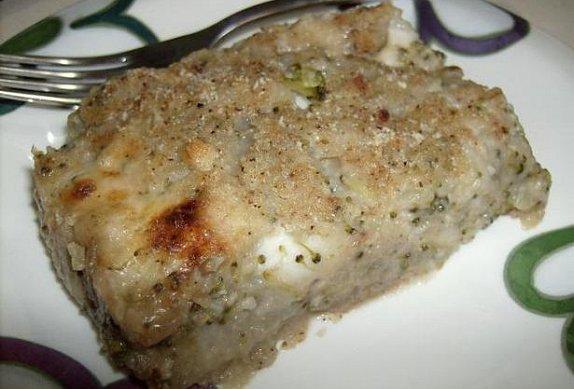 Zapečené brambory s oříšky, brokolicí a sýrem photo-0