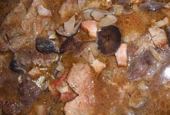 Bylinková krkovice na houbách (václavkách)