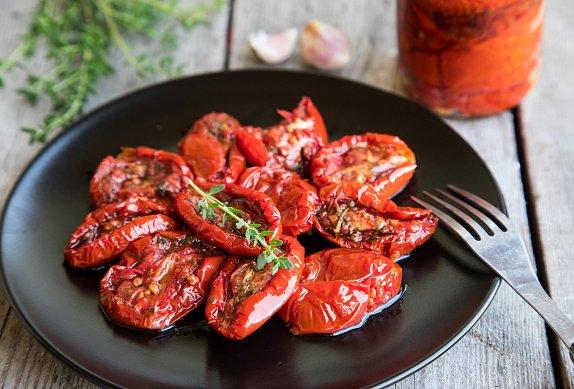 Krůtí závitky se sušenými rajčaty a fetou