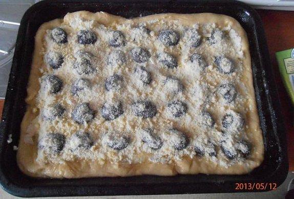 Tvarohový švestkový koláč