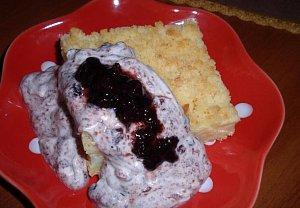Pudinkový koláč s žahourem