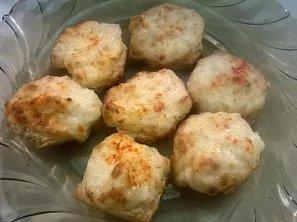 Cibulovo-sýrová kanapka