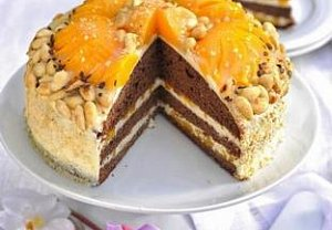 Čokoládový dort s broskvemi