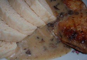 Houbové kuře na tymiánu