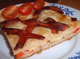 Slaný koláč (nejen) se slaninou