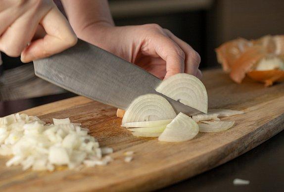 Lehký kuřecí salát se sýrem