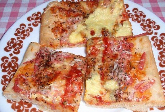Americká pizza