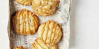 Ovesné sušenky s jablkem a javorovým sirupem