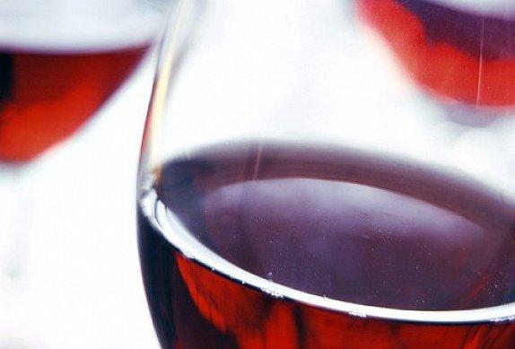 Kohout na víně