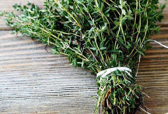 Pečený losos v bylinkovo-parmazánové krustě
