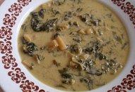 Bramborovo-špenátová polévka