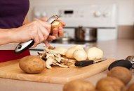 Plněné bramborové knedlíky se špenátem a cibulkou