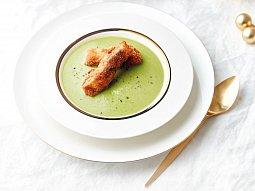 Hrášková polévka s kapřími hranolky