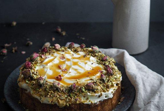 Mrkvový dort s ořechy podle Máma peče doma