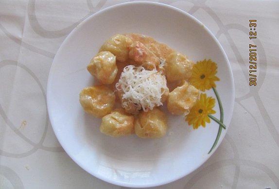 Smetanovokuřecí omáčka na gnocchi