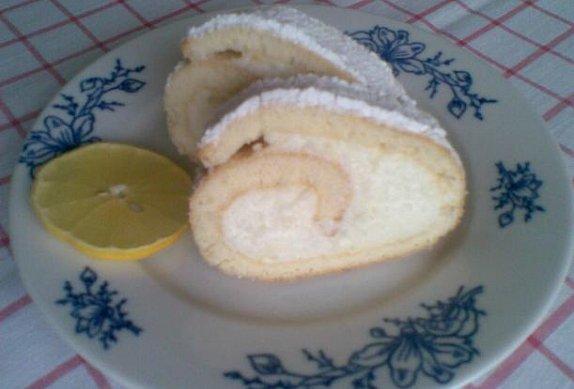 Citronová roláda s tvarohovým krémem