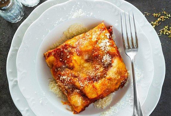 Lasagne se třemi druhy sýra