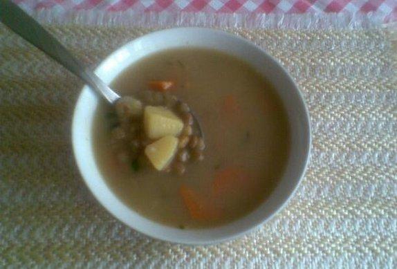 Čočková polévka s kořenovou zeleninou