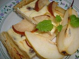 Hruškový koláč a vanilkovým medem