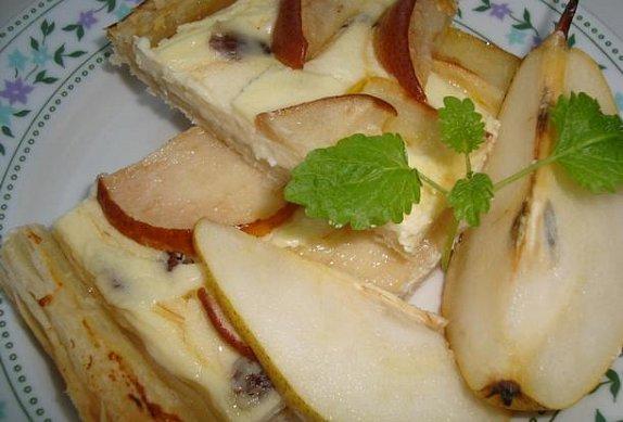 Hruškový koláč s vanilkovým medem