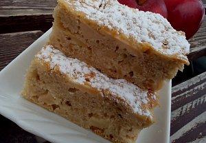 Šťavnatá jablečná fofr buchta / koláč se skořicí