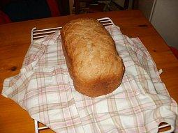 Slunečnicový chléb domácí