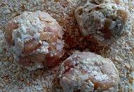 Kuřecí placičky s Nivou a šunkou