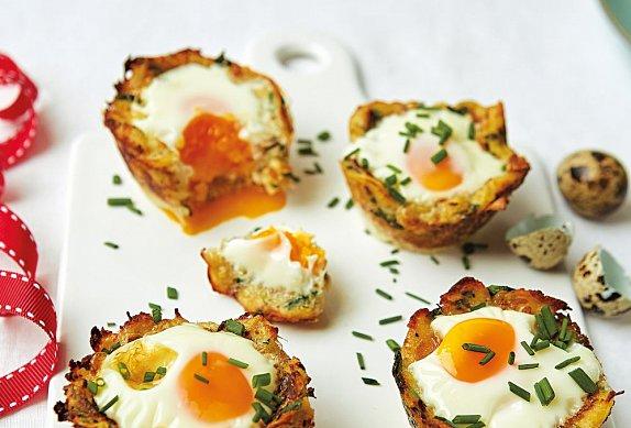 Křepelčí vejce v bramborovém košíčku photo-0