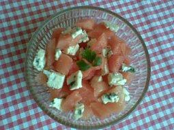 Melounový salát s nivou