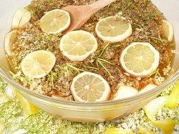 Míchaná bezinková limonáda