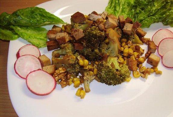 Brokolice s uzeným tofu