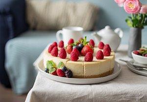 Jahodovomalinový cheesecake