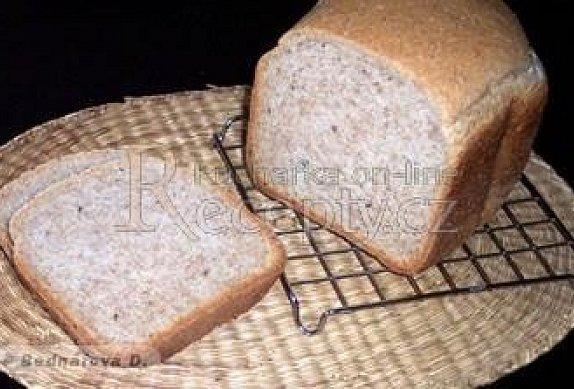 Grahamový jemný chléb